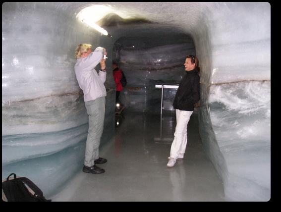 氷の宮殿で